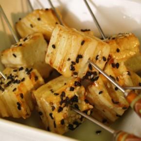 Tofu Yakitori  (Grilled marinated tofu brochette)