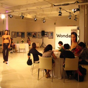 Wonderbra Fashion Show - Défilé de mode